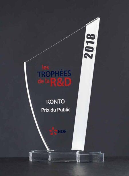 Trophée Oxala plexi couleur 3