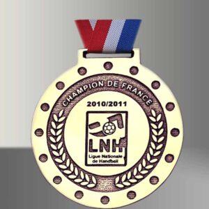 Médaille bronze récompense sportive
